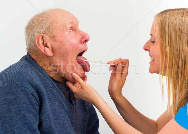 Hasta yaşlı adam hastane muayene doktor Stok fotoğraf © barabasa