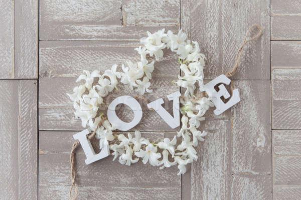 Coração flores rústico páscoa flores Foto stock © BarbaraNeveu