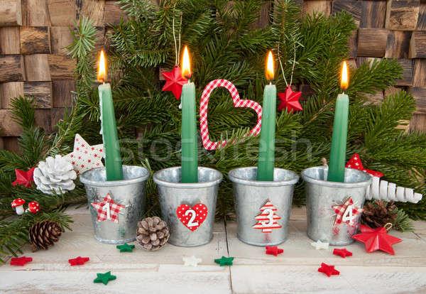 Vier Aufkommen Kerzen Brennen Weihnachten Dekorationen Stock foto © BarbaraNeveu
