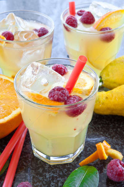 Fraîches limonade maison organique verres boire Photo stock © BarbaraNeveu