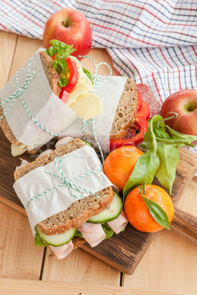 Szendvicsek sonka szalámi boglya sajt kenyér Stock fotó © BarbaraNeveu