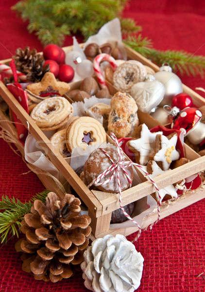Kicsi doboz választék sütik diók fából készült Stock fotó © BarbaraNeveu