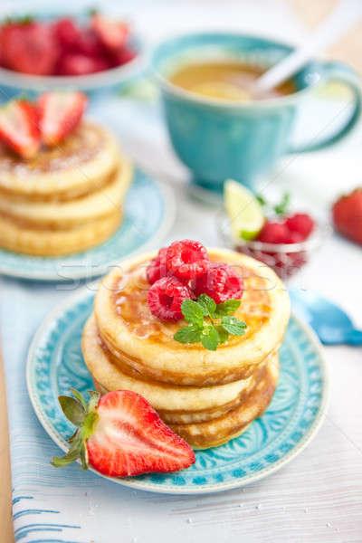Pannenkoeken vers Rood bessen frambozen vruchten Stockfoto © BarbaraNeveu