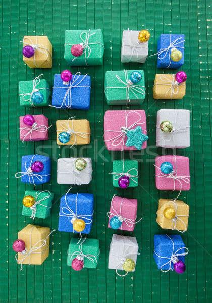 Peu coffrets cadeaux coloré coffret cadeau lumineuses présente Photo stock © BarbaraNeveu