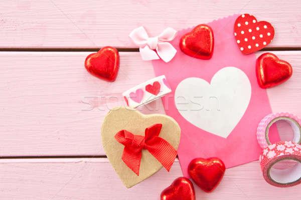 Сток-фото: шоколадом · сердцах · красочный · подарок · сумку · упаковка