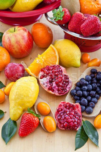 Választék friss gyümölcsök narancs levelek trópusi Stock fotó © BarbaraNeveu