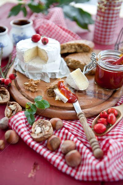 ストックフォト: パン · チーズ · フルーツ · 赤 · ナイフ · ヴィンテージ