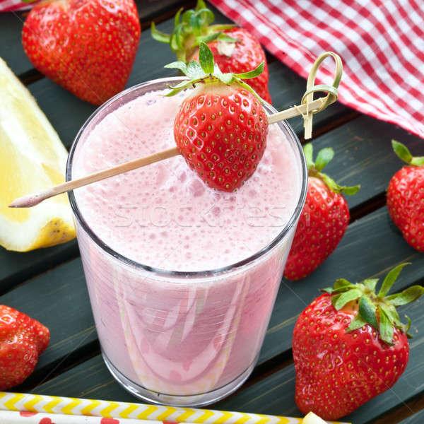 Milkshake vers aardbeien kleurrijk groene drinken Stockfoto © BarbaraNeveu