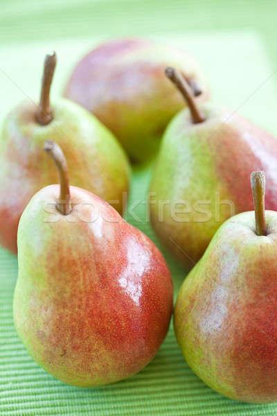 Friss körték érett zöld piros gyümölcsök Stock fotó © BarbaraNeveu