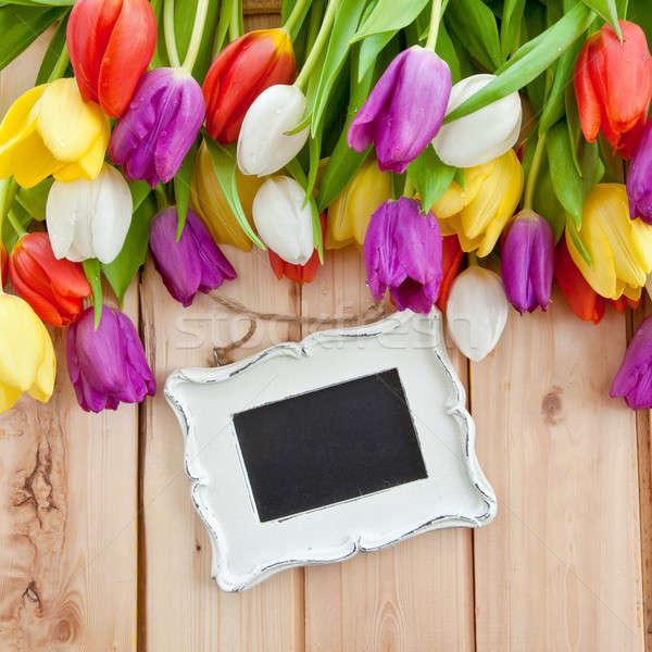 Foto d'archivio: Fresche · tulipani · legno · colorato · rustico · amore