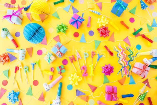 Kleurrijk partij gelukkig kaarsen ballonnen Geel Stockfoto © BarbaraNeveu