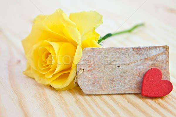 Gelb stieg Tag Liebe Herz Geburtstag Stock foto © BarbaraNeveu