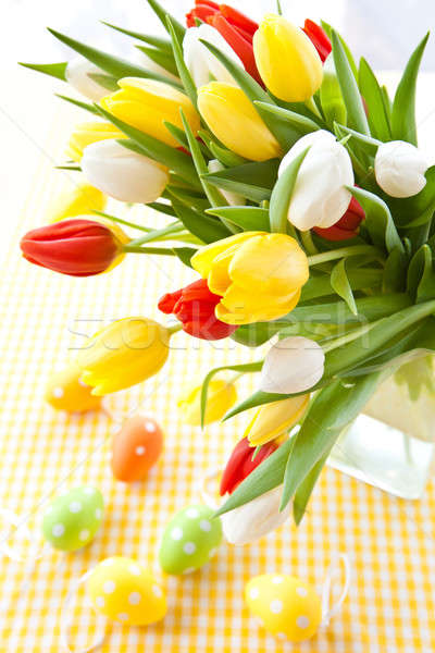 Fraîches tulipes Pâques coloré vase bouquet Photo stock © BarbaraNeveu
