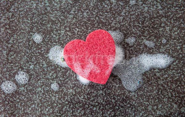 Szivacs szív alak piros konyha sötét tiszta Stock fotó © BarbaraNeveu