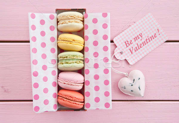 Colorido macarons variedade francês rosa Foto stock © BarbaraNeveu