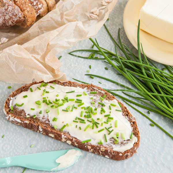 Kenyér vaj snidling szelet friss reggeli Stock fotó © BarbaraNeveu