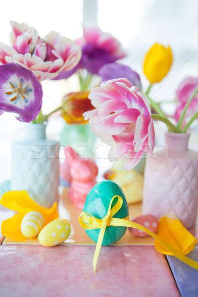 Foto stock: Colorido · páscoa · decorações · fresco · flores · da · primavera · coelho