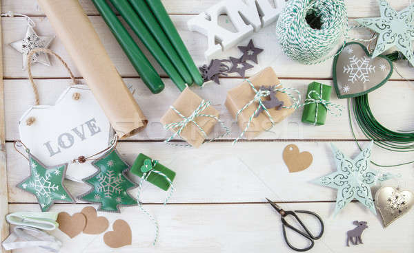 Presenteert decoraties christmas weinig rustiek houten Stockfoto © BarbaraNeveu