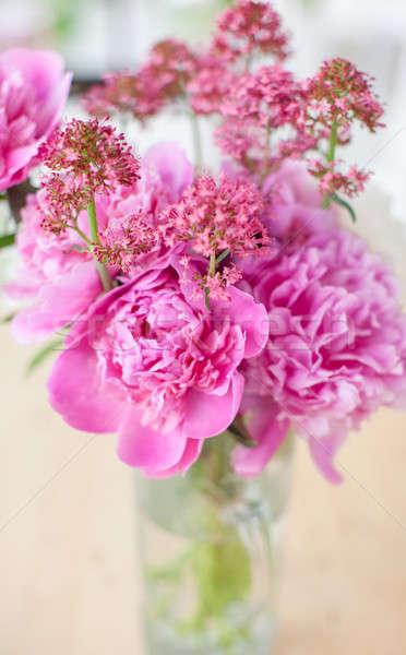 Rózsaszín szelektív fókusz tavaszi virágok virágok szeretet váza Stock fotó © BarbaraNeveu