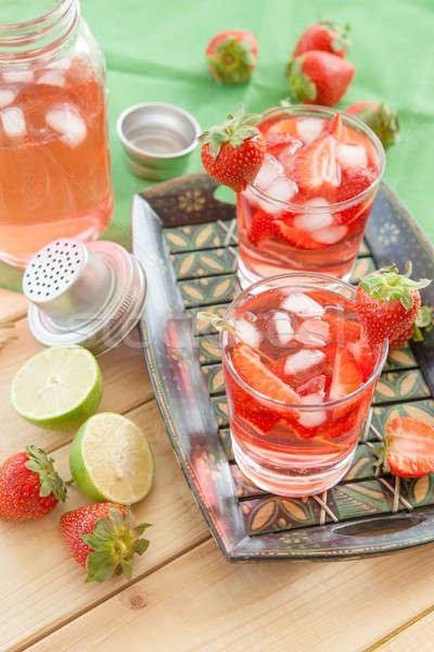 Maison fraise limonade fraîches chaux alimentaire Photo stock © BarbaraNeveu