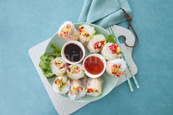 Tavasz tekercsek avokádó ázsiai friss zöldségek Stock fotó © BarbaraNeveu