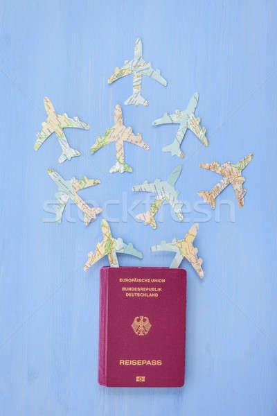 Paspoort papier vliegtuigen vintage kaarten Blauw Stockfoto © BarbaraNeveu