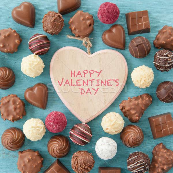 Választék szeretet szív csokoládé cukorka desszert Stock fotó © BarbaraNeveu