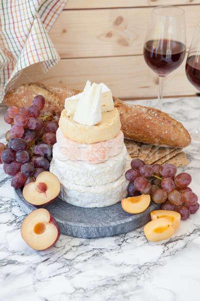Foto stock: Suave · frescos · frutas · pan · queso