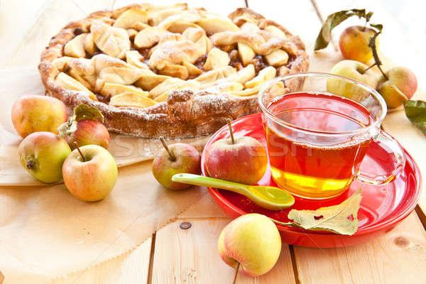 Eigengemaakt appeltaart vers organisch appels beker Stockfoto © BarbaraNeveu