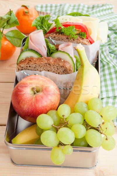 Ebéd doboz szendvicsek friss gyümölcsök kenyér Stock fotó © BarbaraNeveu
