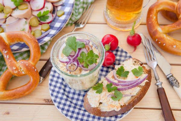 Camambert soğan baharatlar ekmek mavi Stok fotoğraf © BarbaraNeveu