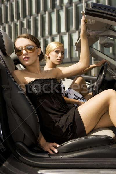 2 きれいな女性 黒 車 笑顔 女性 ストックフォト © bartekwardziak