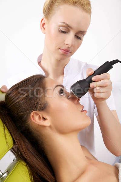 若い女性 レーザー 療法 小さな ブルネット 女性 ストックフォト © bartekwardziak