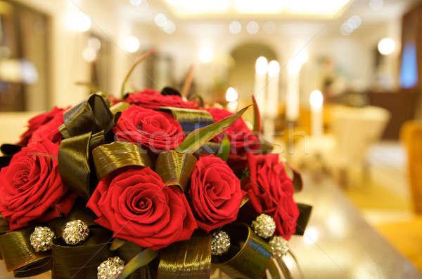 большой свежие красные розы любви лист Сток-фото © bartekwardziak