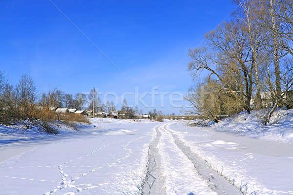 Invierno carretera río hielo árbol madera Foto stock © basel101658