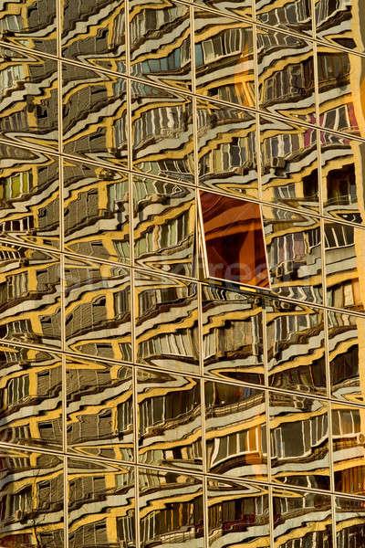 Ház tükröződés ablakok áll üzlet iroda Stock fotó © bazilfoto