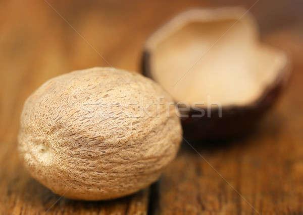 Nootmuskaat Spice houten oppervlak voedsel moer Stockfoto © bdspn