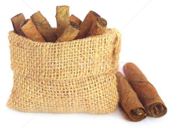 Sécher tabac laisse roulé sac blanche Photo stock © bdspn