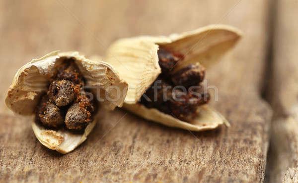 Kardemom zaden macro houten oppervlak indian Stockfoto © bdspn