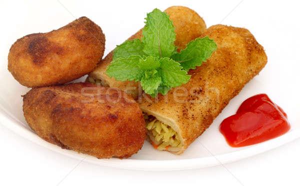 Zöldség zsemle krumpli kotlett friss menta Stock fotó © bdspn
