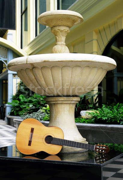 Klasik gitar otel park konser Retro Stok fotoğraf © beemanja