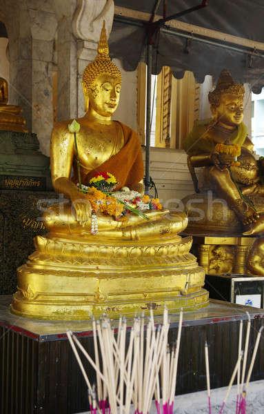 Altın Buda Bangkok şehir yüz dua Stok fotoğraf © beemanja