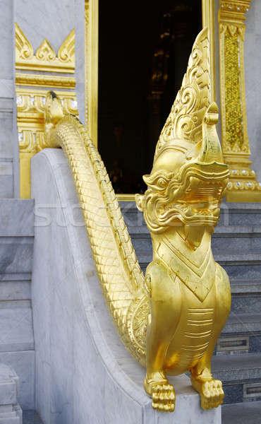 Altın ejderha merdiven mimari Asya heykel Stok fotoğraf © beemanja