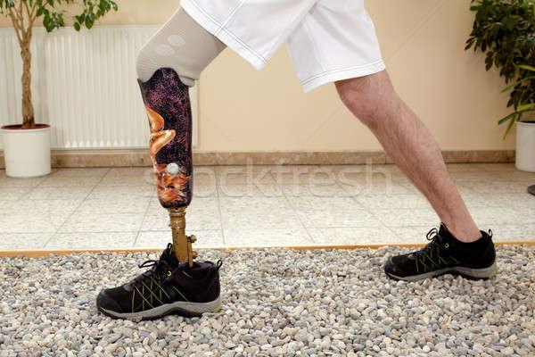 Homme formation prothèse spéciale intérieur sur Photo stock © belahoche