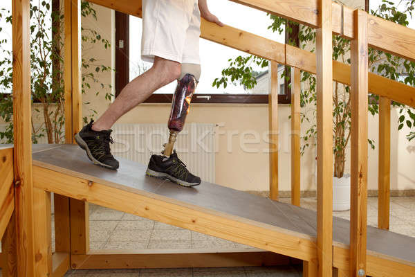 Homme prothèse formation pente intérieur sur Photo stock © belahoche