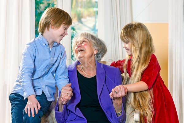 Enkelkinder ältere Großmutter cute wenig Junge Stock foto © belahoche