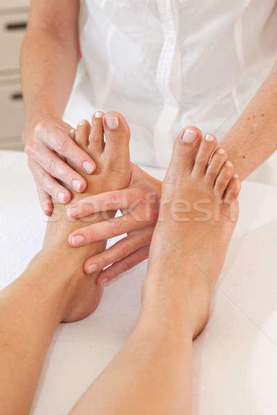 Profi láb masszázs női olaj stressz Stock fotó © belahoche