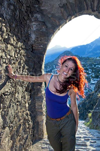 Nő bent alagút hegyek mögött megérint Stock fotó © belahoche