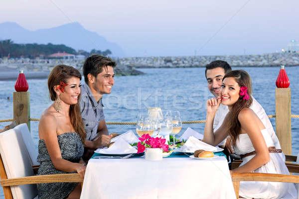 Casais beira-mar restaurante dois atraente Foto stock © belahoche