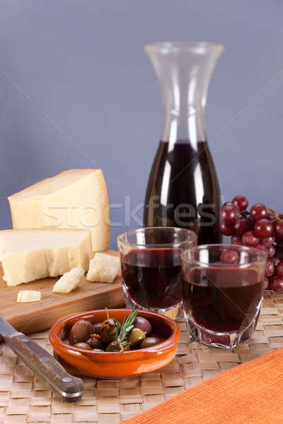Vin rouge fromages parmesan rural alimentaire still life Photo stock © belahoche
